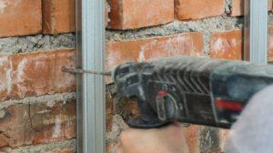 Distingue la mejor manera de taladrar tu pared de ladrillos